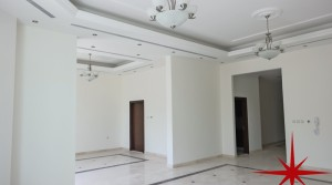 Umm Suqeim, Executive 5 En-suite BR's on the Beach with Pool in Gated Community
