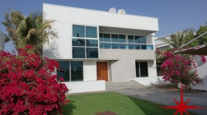 5 Bedrooms Independent Villa with Private Garden