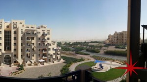 Remraam, Spacious 1 Bedroom Apartment in Al Thammam for Rent
