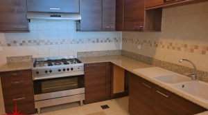 3BR Apt with Sea View on Main SZR